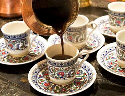 Stipri arabiška kava (mazagranas)