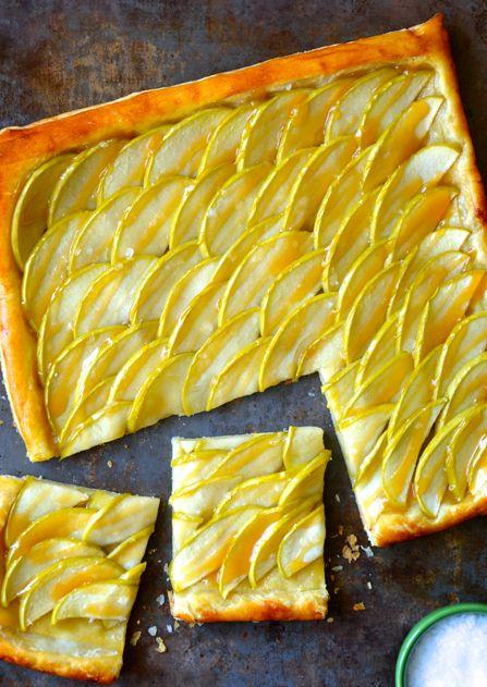 karamelinis-obuoliu-pyragas