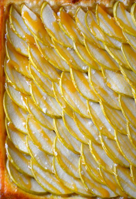 karamelinis-obuoliu-pyragas2