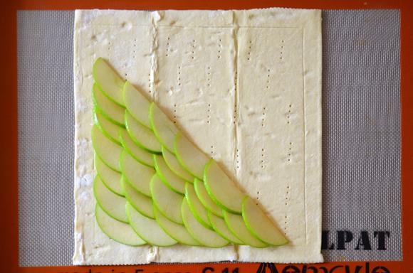 karamelinis-obuoliu-pyragas4