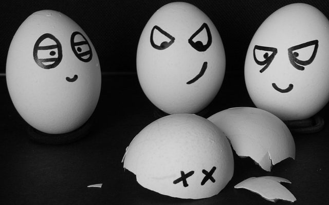 Kaip išpūsti kiaušinį? Idėja Velykoms.