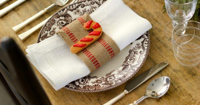 20 idėjų kaip serviruoti stalą Kalėdoms