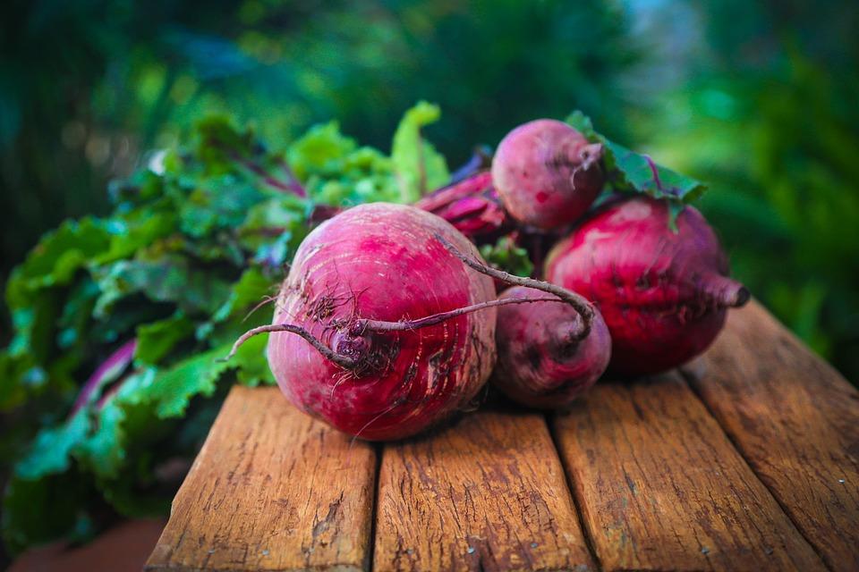 Veganiškas maistas ne veganams – kodėl verta išbandyti?