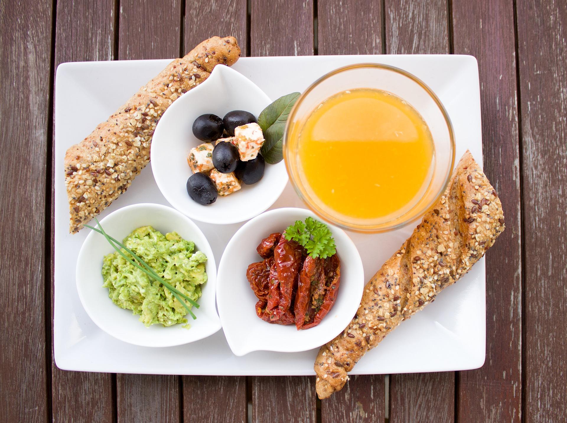 Sveikata veikliems: 4 patarimai, kaip maitintis skubant
