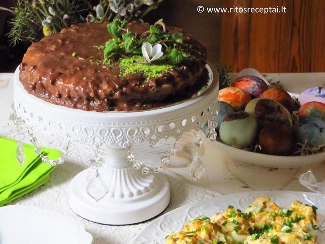 Migdolinis tortas su Daim šokoladu (toks kaip Ikea)