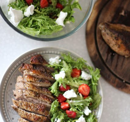Sultinga antienos filė su vasariškomis salotomis