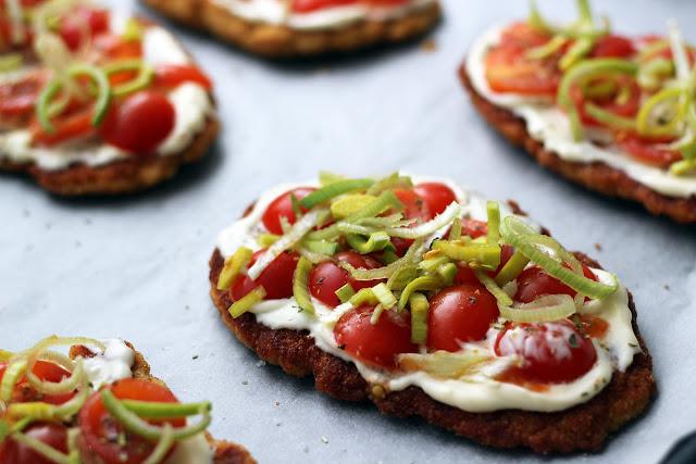 Vištienos maltinis užkeptas su pomidoriukais ir sūriu