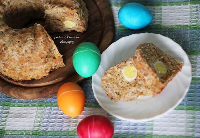Šventinis zuikis su putpelių kiaušiniais