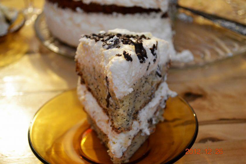 """Grietinėlės tortas arba """"Užteksvisiems"""""""