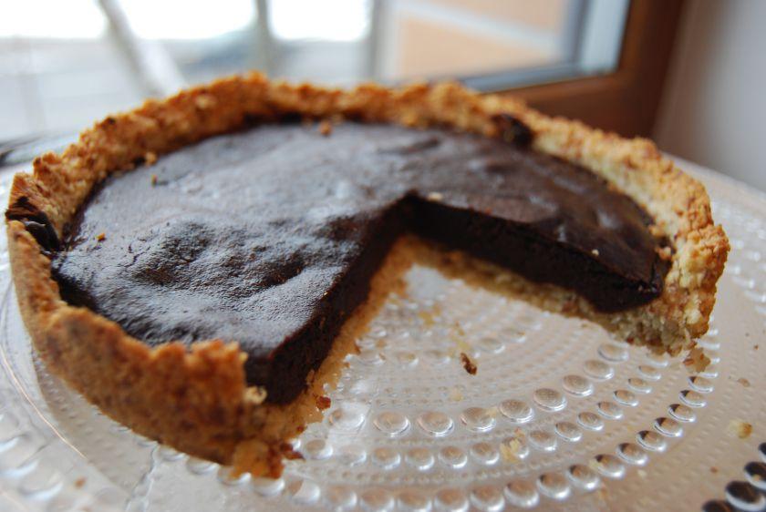 Šokoladinis datulių pyragas – be cukraus!