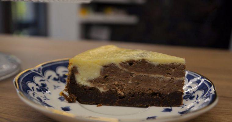 Baltojo šokolado ir kavos sūrio pyragas