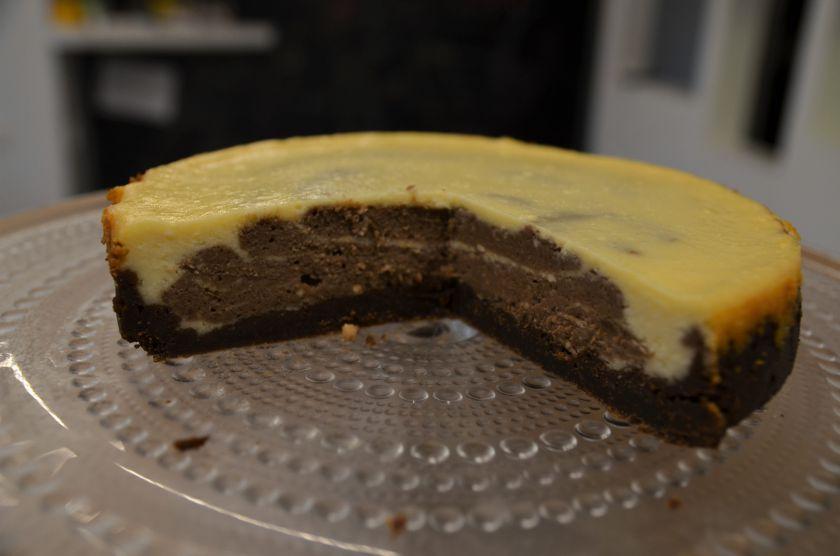 Baltojo šokolado ir kavos sūriopyragas