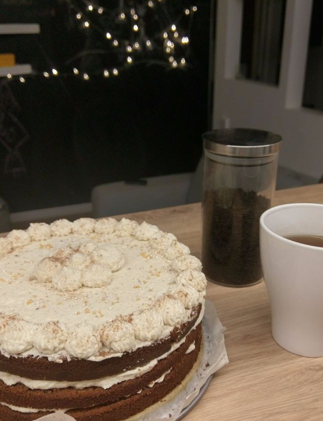 Prieskoninės arbatos tortas