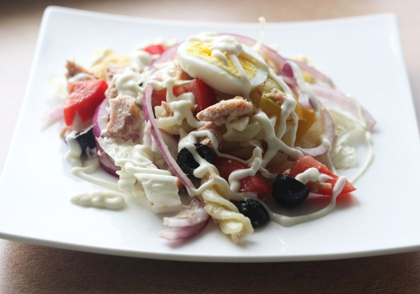 Makaronų salotos sutunu