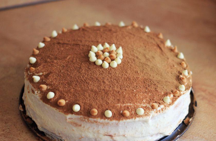 Dviejų šokoladų tortas