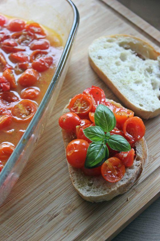 Vyšninių pomidorų užkandis sumedumi