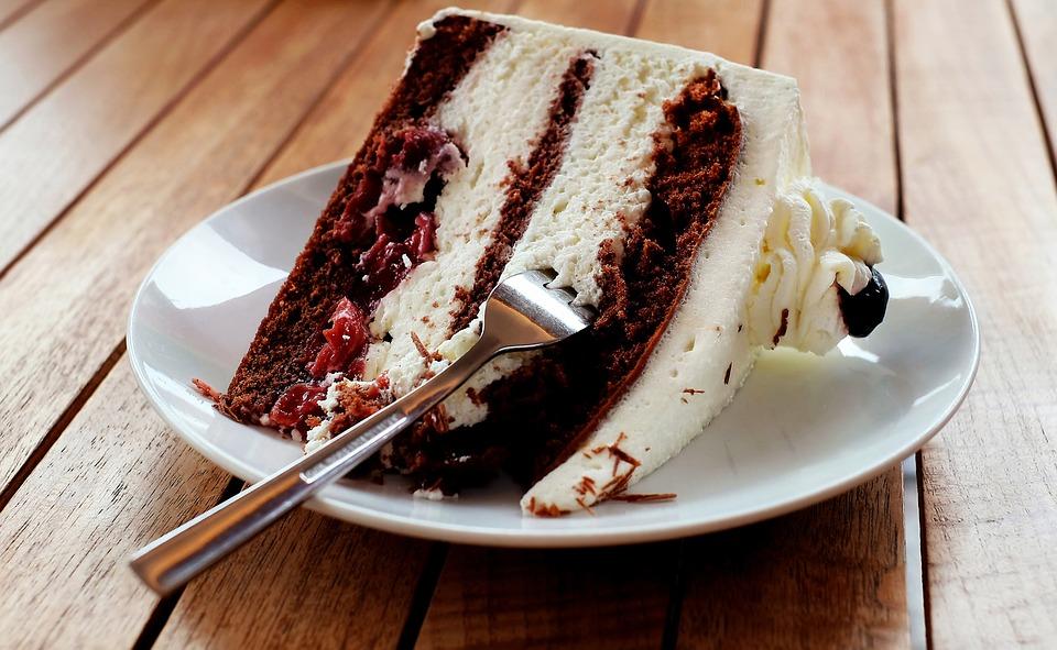 Legendinis Švarcvaldo tortas
