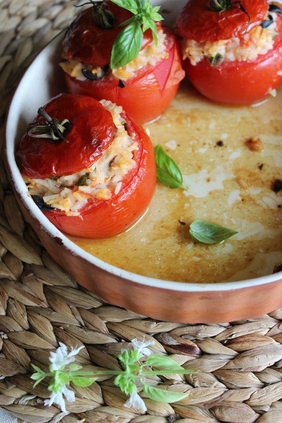 Ryžiais ir feta įdaryti pomidorai