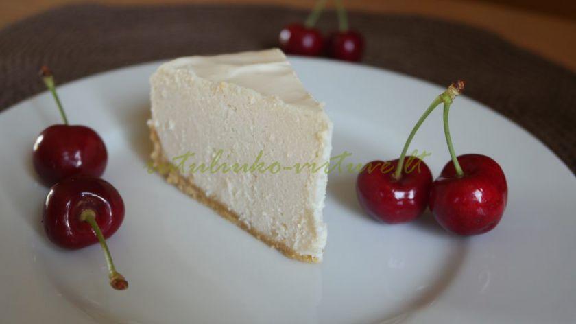 Nekeptas sūrio tortas (su ananasų gabaliukais)
