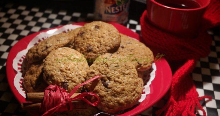 Avižiniai/kokosiniai sausainiai su šokoladu (ir Žiemos arbata)