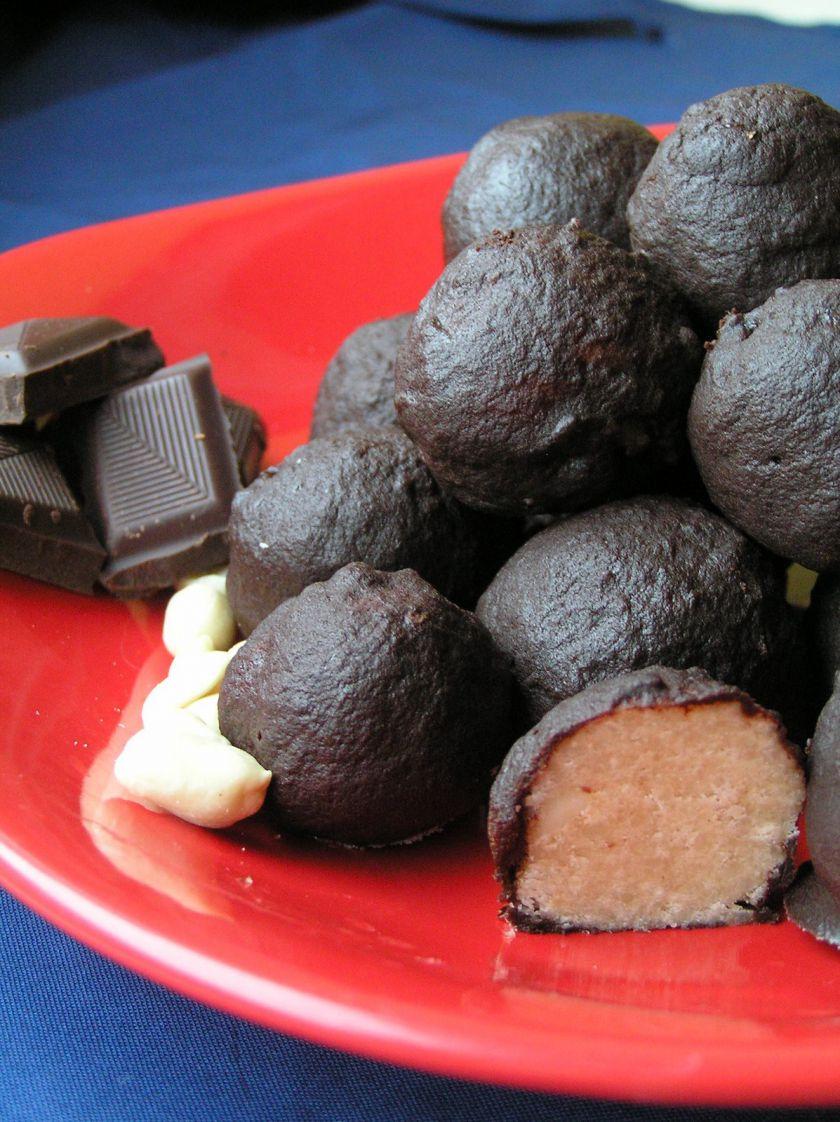 Chef's Chocolate Salty Balls [ Riešutiniai kamuoliukai su šokoladu ir sūrumo gaidele ]