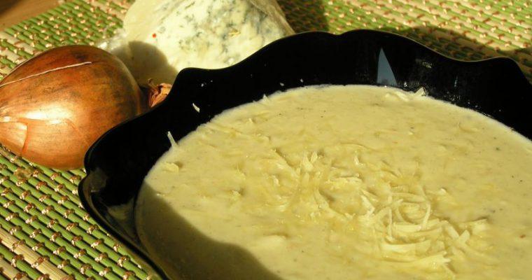 Prancūziška kreminė svogūnų-sūrio sriuba [pagal Bea]