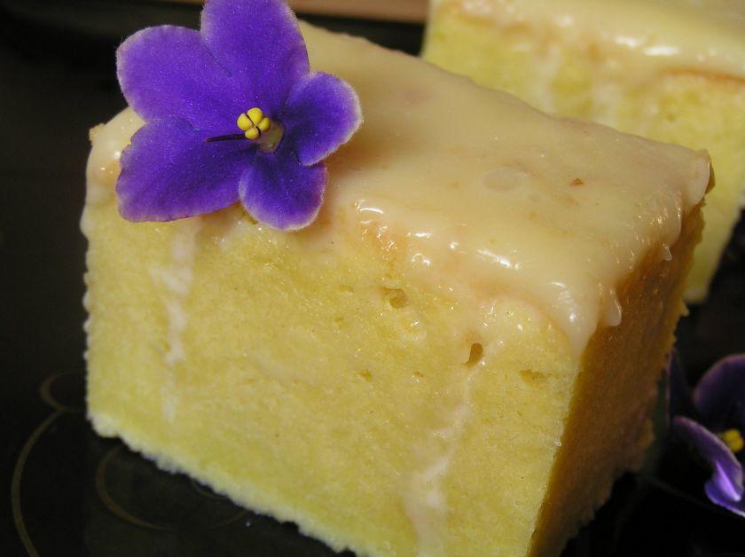 Pastel tres leches – Meksikietiškas pyragas su trijų rūšių pienu