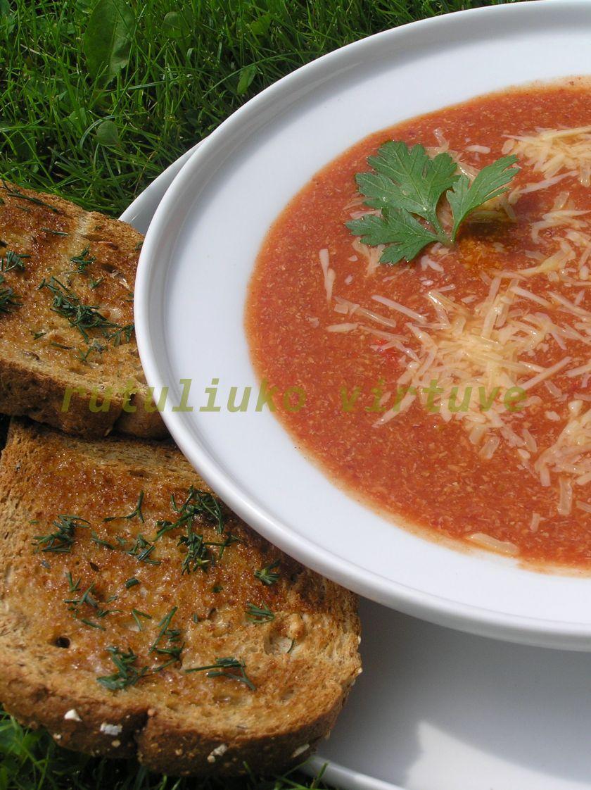 Vegetariška čili sriubytė