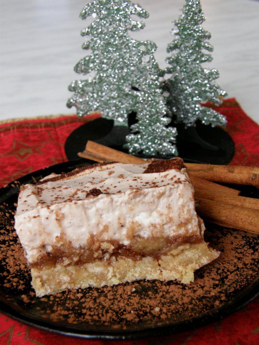 Varškės ir obuolių pyragas su Kalėdine dvasia