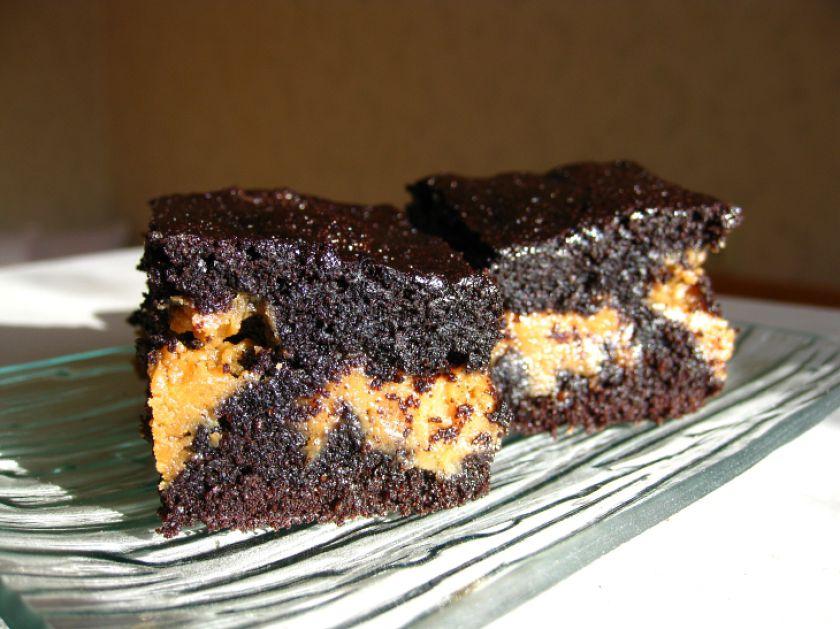 Braunis su riešutų sviestu (Brownie)