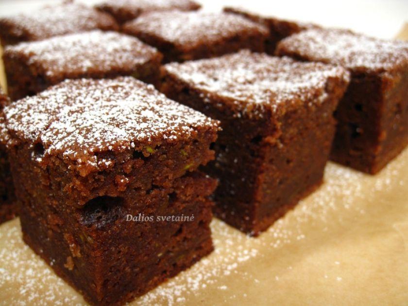 Braunis su cukinija (Brownie)