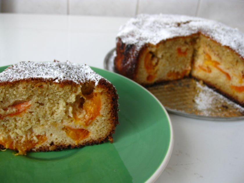 Marcipanų ir abrikosų pyragas