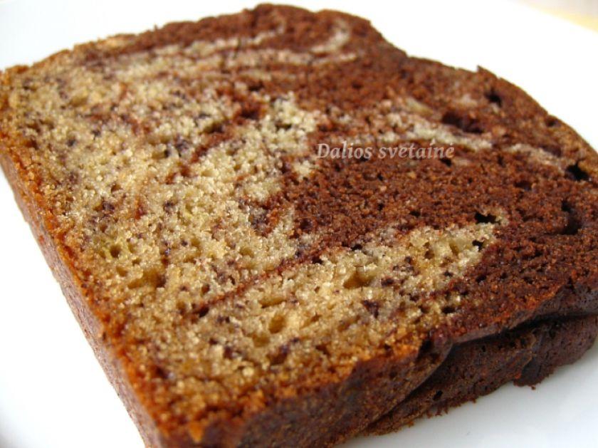 Marmurinė bananų duona su šokoladu