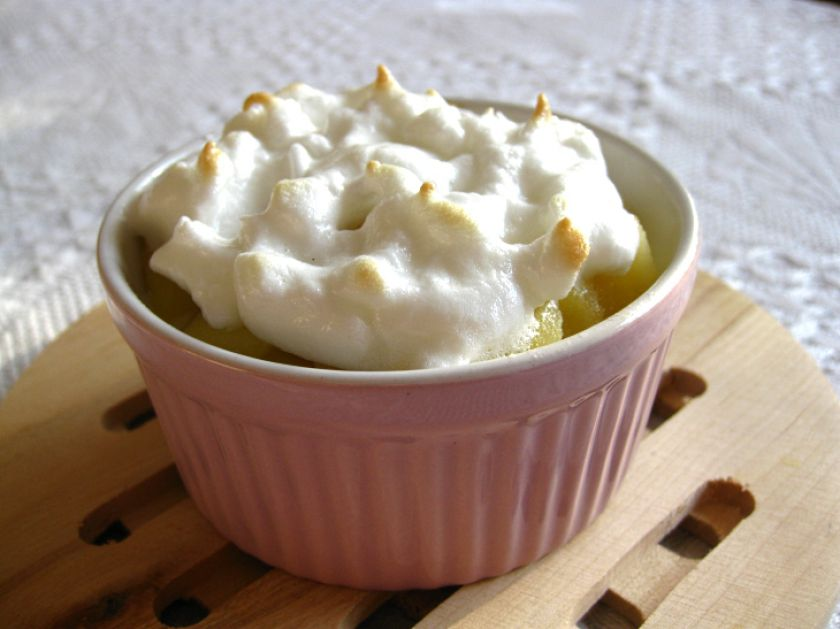"Riz aux pommes meringuées – ryžių apkepas su obuoliais ir morengine ""karūna"""
