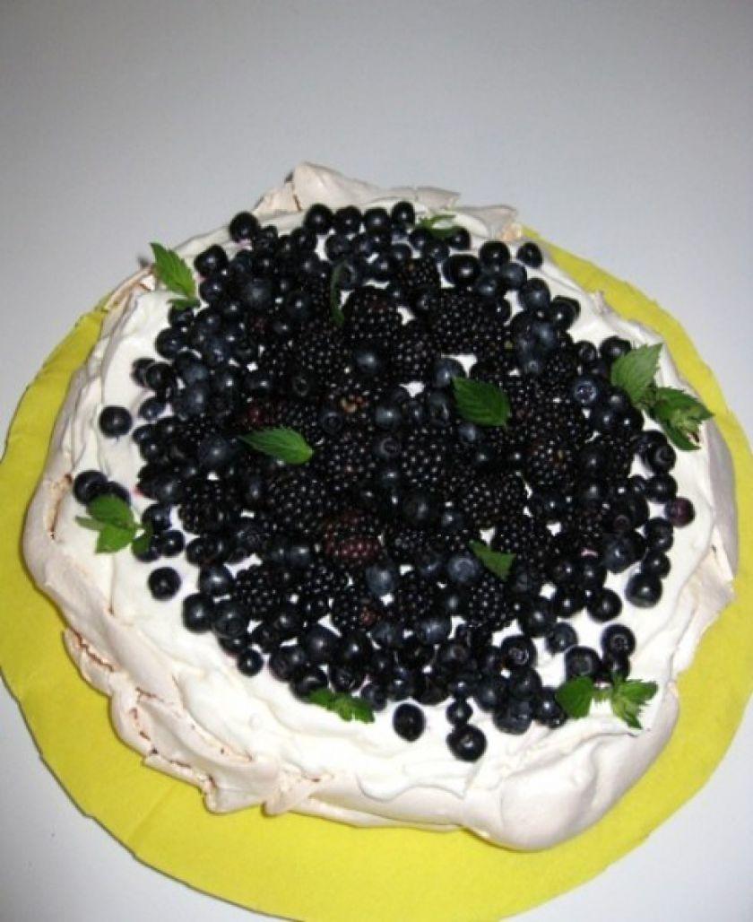 """Morenginis tortas """"Pavlova"""""""