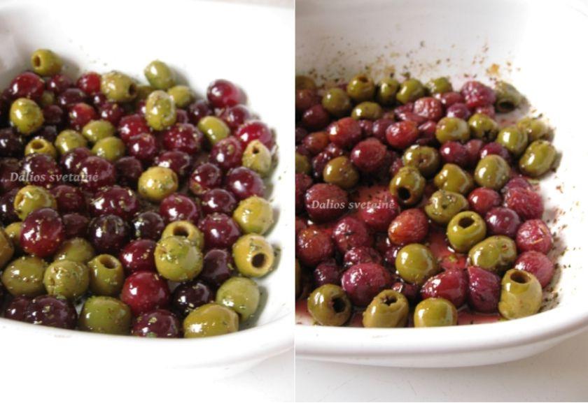Crostini su keptomis vynuogėmis ir alyvuogėmis