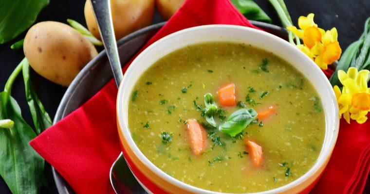 Rudeninės daržovių ir kruopų sriubos: kuo naudingos ir kaip jas paruošti