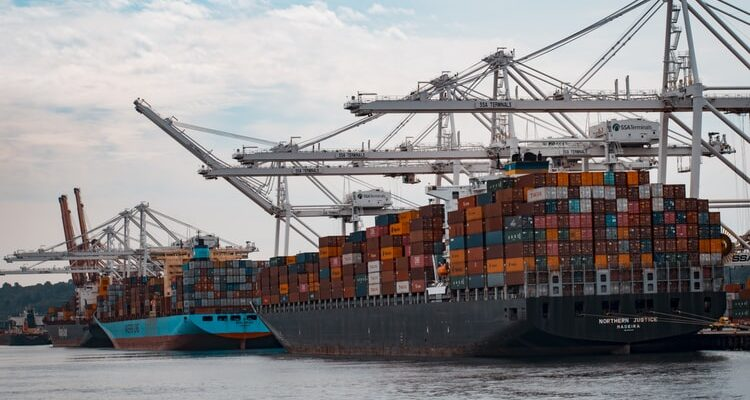 Kiek gali užtrukti konteinerių plukdymas?